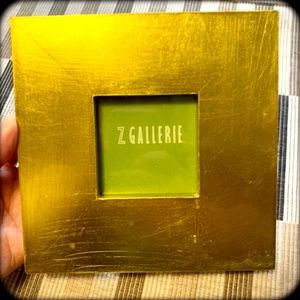 hP] Z GALLERIE GREEN GOLD PICTURE FRAME